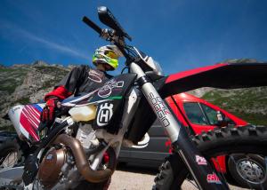 fotografo moto cross enduro in pista